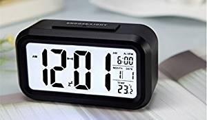 DINHAND Alarm Clock, LED Clock Slim Digital Alarm Clock Large Display Temperature Display, Snooze Function, Smart Back-light Digital Alarm Clock with 2 Optional Weekday Mode, Snooze, Smart Night Light