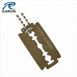 personalized razor blade dog tag in zinc alloy