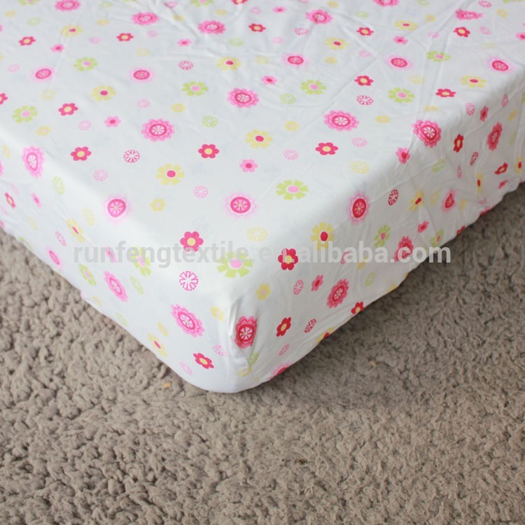 Neutral Crib Sheet and Changing Pad Cover