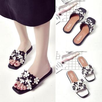 557dd735 Suit Pretty Girlish Latest Ladies Slippers Shoes And Sandals - Buy ...