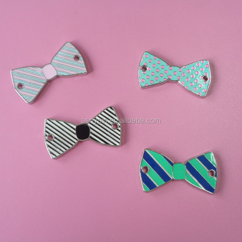 hot sale various cute bowknot shaped metal pendant customized pet used fashion pendant