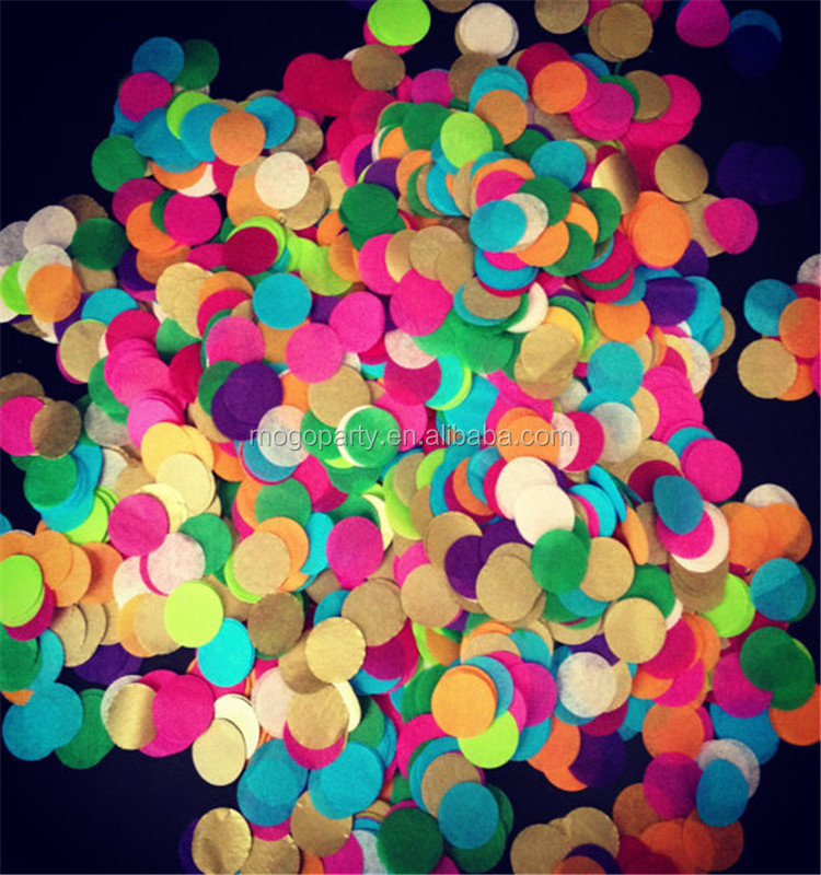Round shaped paper confetti wedding confetti
