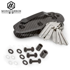 Hot Trendy Extra-light Carbon Key Organizer Pocket Flexible Tool Carbon Fiber Key Chains Holder
