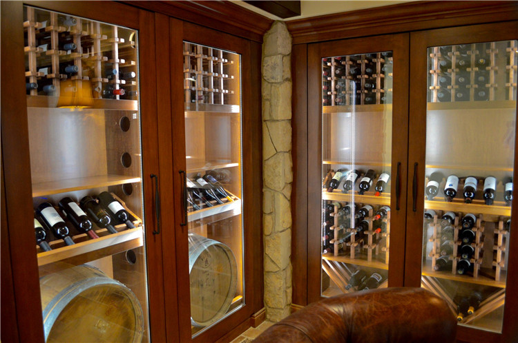 China Supplier Custom Commercial Wood Modern Whisky Shot Oval Glass Display  Cabinet
