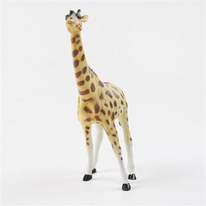 Factory price handmade wonderful adorable wild animals plastic toy giraffe