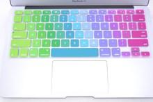 Silikonová voděodolná klávesnice na MacBook Air 13,15 a 17 palců v duhových barvách z Aliexpress