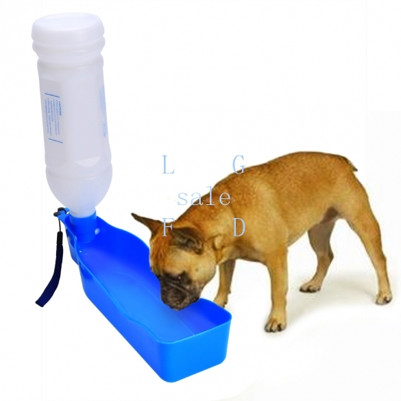 2015 New Plastic Pet Water Dispenser Feeding Bottle Portable Travel Bottle For Dog Cat 600ml