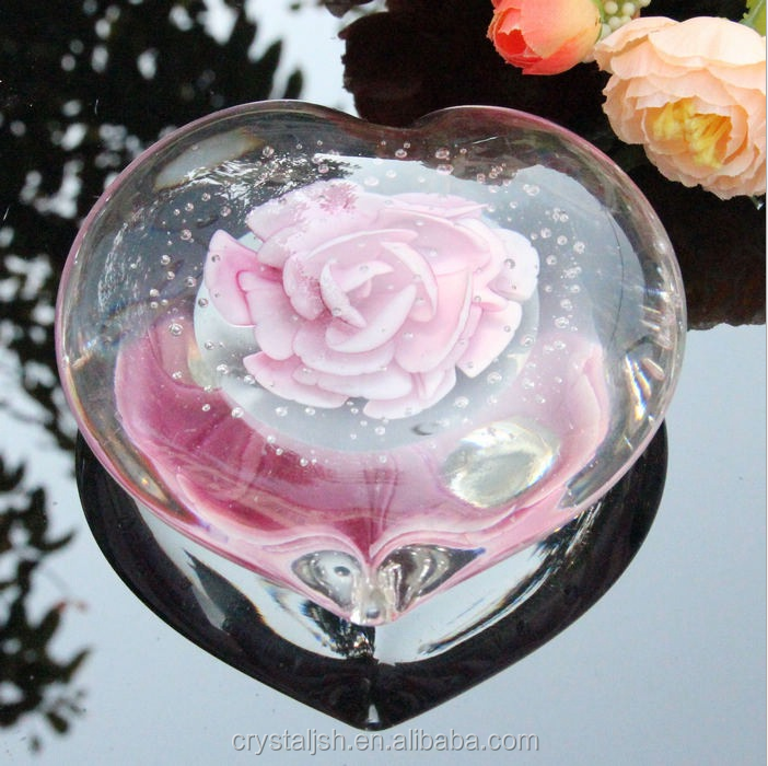 Wedding Favors Crystal Heart Paperweight Wedding Favors Crystal