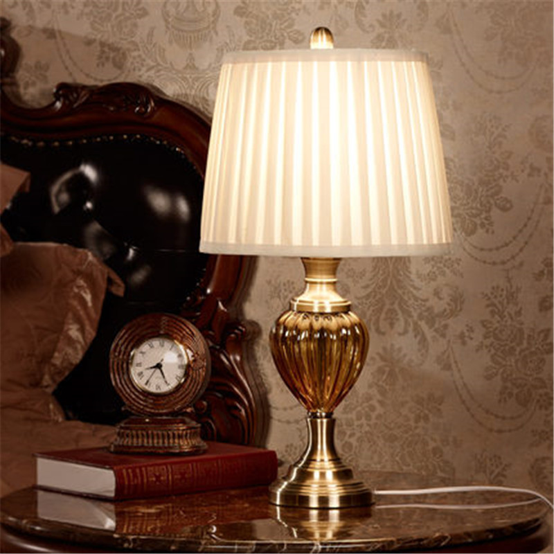white pleated drum silk lampshade for table lamp