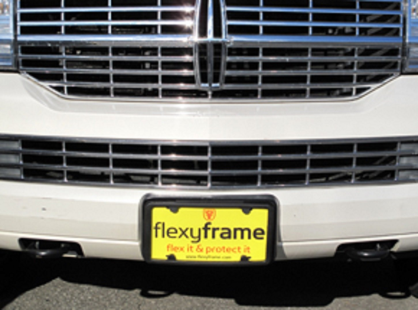 A NASA-like Rubber Front License Plate Bracket Frame Tag Holder Guard Bumper for LINCOLN