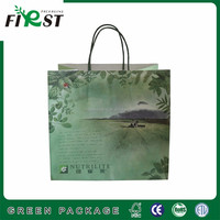 China luxury Recycled food grade top quality customized white kraft paper bag with handle for tea and specialty packaging