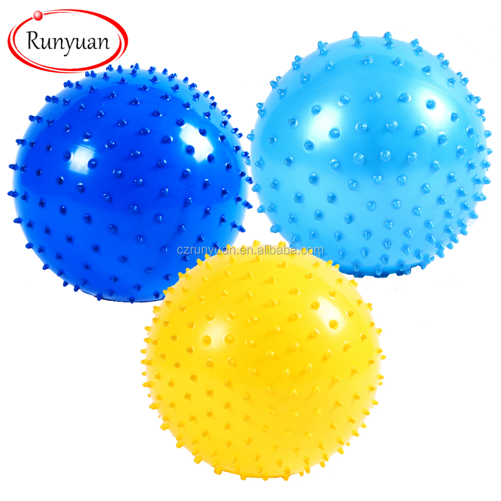 RUNYUAN Elastic Spike Ball with LED flash light up for fun/Games with Cosmos Fastening Strap