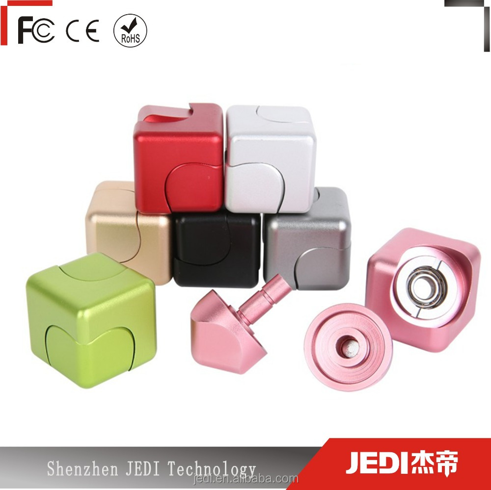 Hot selling new Amazon fidget toys aluminum or plastic cube spinner_MO3696