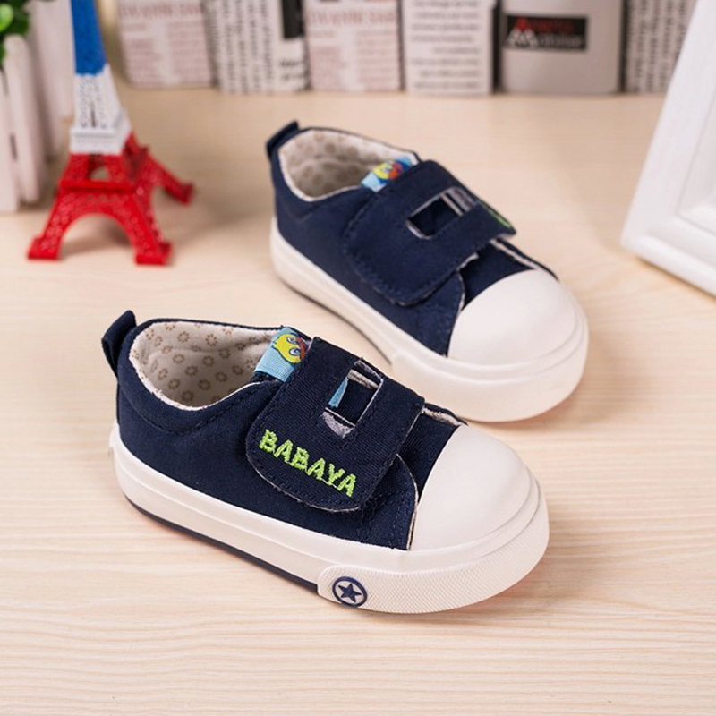 Kids Sneakers 2016 New Spring Canvas Shoes for Children Sport Breathable Jeans Denim Flat Sneakers Baby