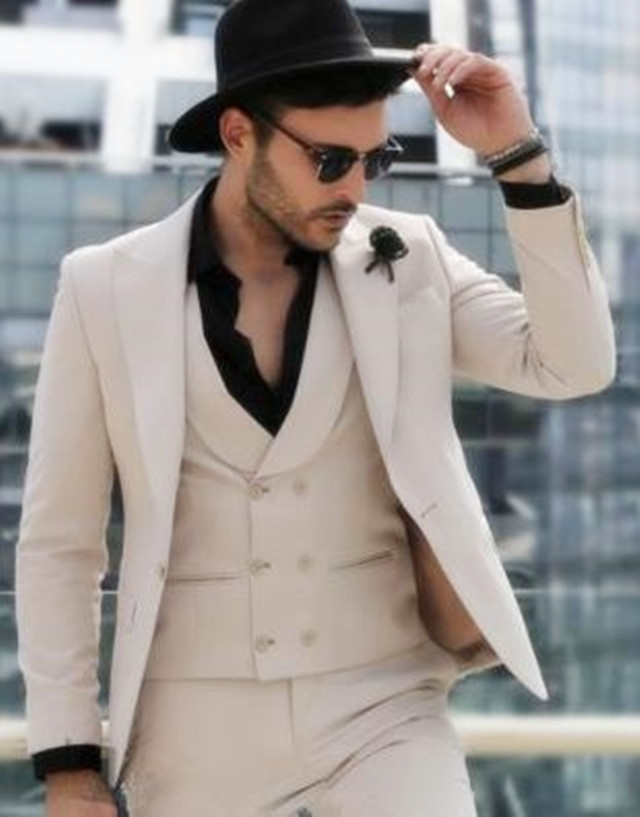 Alibaba.com / Custom Tuxedo Men's Double Breasted Vest Groom Slim Fit Wedding Dress Party Dress Men's Suit 3 Pieces (Jacket + Pants + Vest)