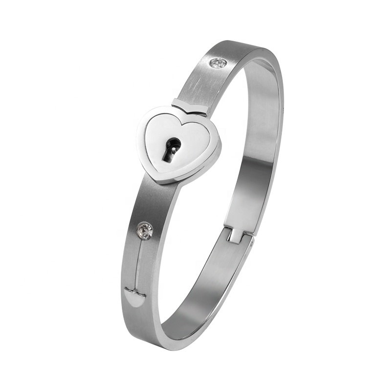 5 stainless steel bangle