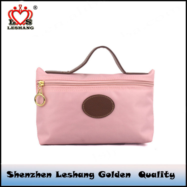 The new makeup bag, leisure bag female Korean mobile wholesale candy color gift wrap silk India LOGO Korea