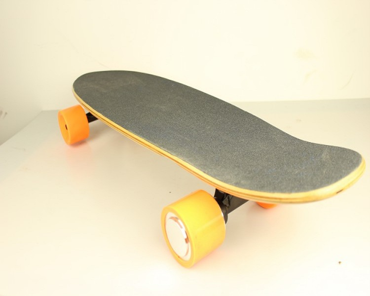 Cheap 4 Wheel electric skateboard 2.2A foot skate board Price