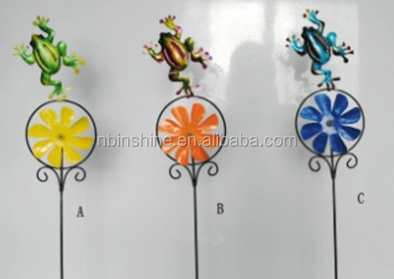 Frog metal decorative garden stakes , garden ornament , garden decoration