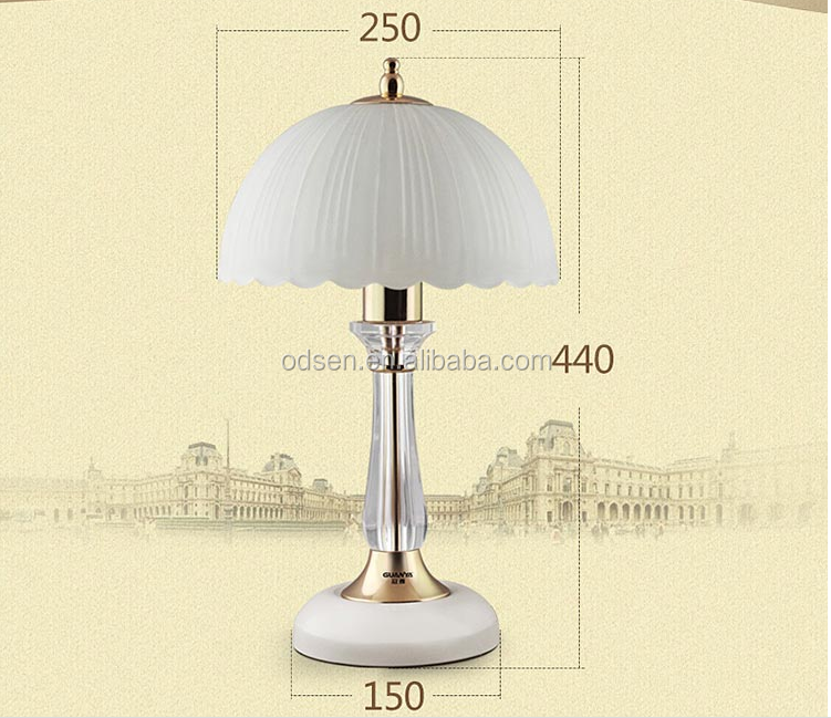 New Arrival USA style nickle gold metal base umbrella shade table lamp