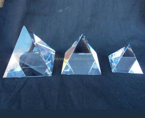 Clear glass blank pyramid paperweight MH-F0533