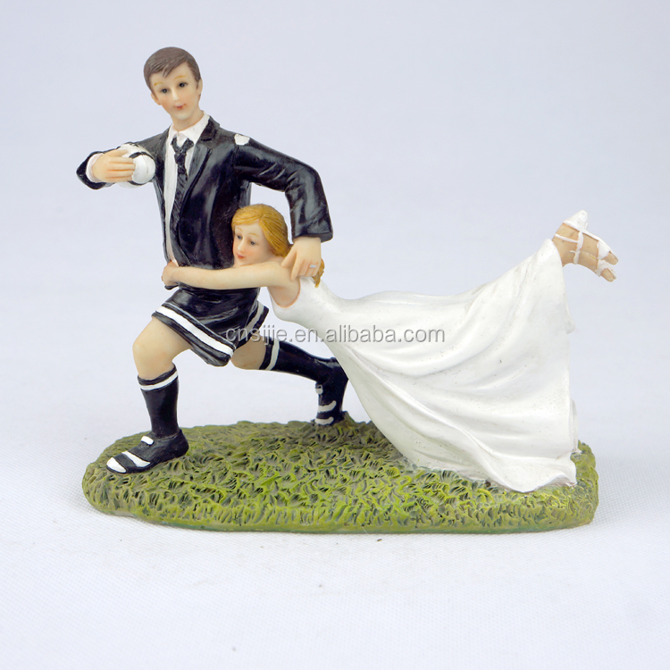 Polyresin Personalized Wedding Cake Toppers Bride and Groom Figurines Wedding decoration wedding car decoration