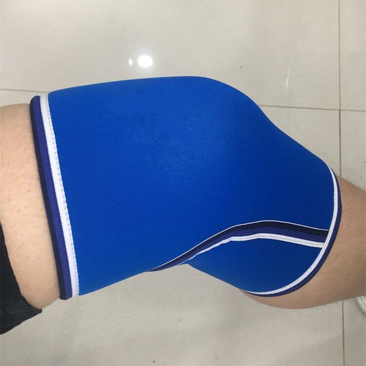Hot Knee Sleeves Support & Compression 7mm Neoprene Sleeve Brace for Weightlifting the Best Squats, Customized color