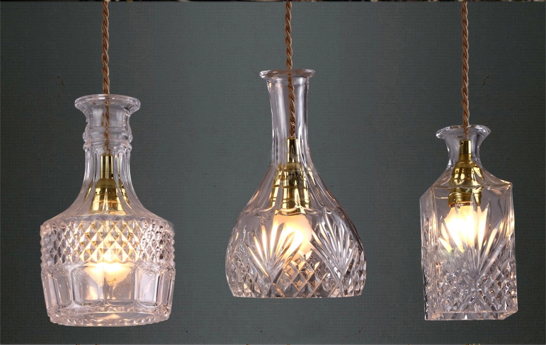 wodka flasche licht h ngen wein lampenglas pendnat lampe. Black Bedroom Furniture Sets. Home Design Ideas