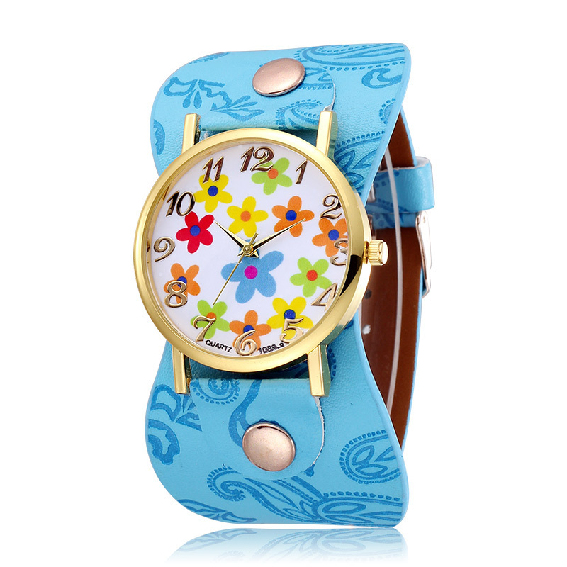 2015 New Design Leather Strap Quartz Whatch Women Dress Watch Flower Design Fashion Casual Watches Female Clock Reloj Mujer