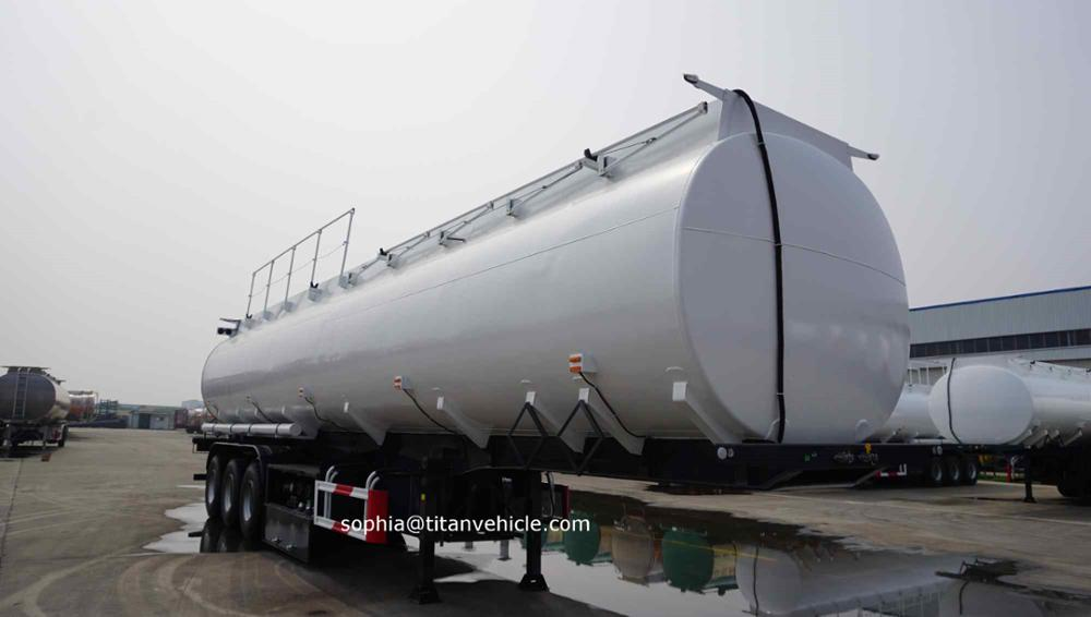 TITAN New 3 Axles 48000 L fuel palm oil diesel tanker truck capacity for sale