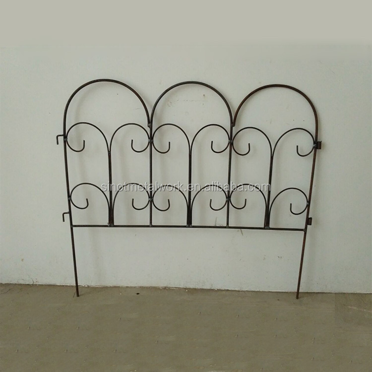 Decorative Metal Garden Fence, Decorative Metal Garden Fence Suppliers And  Manufacturers At Alibaba.com