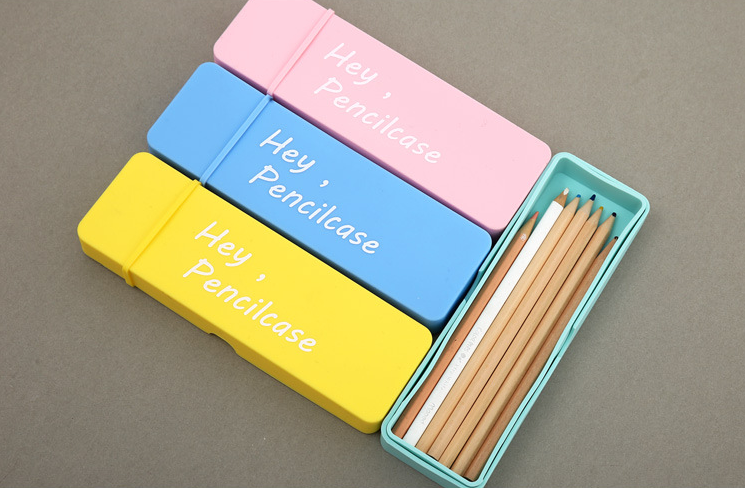 2016 Fashion Waterproof Silicone pencil case with zipper