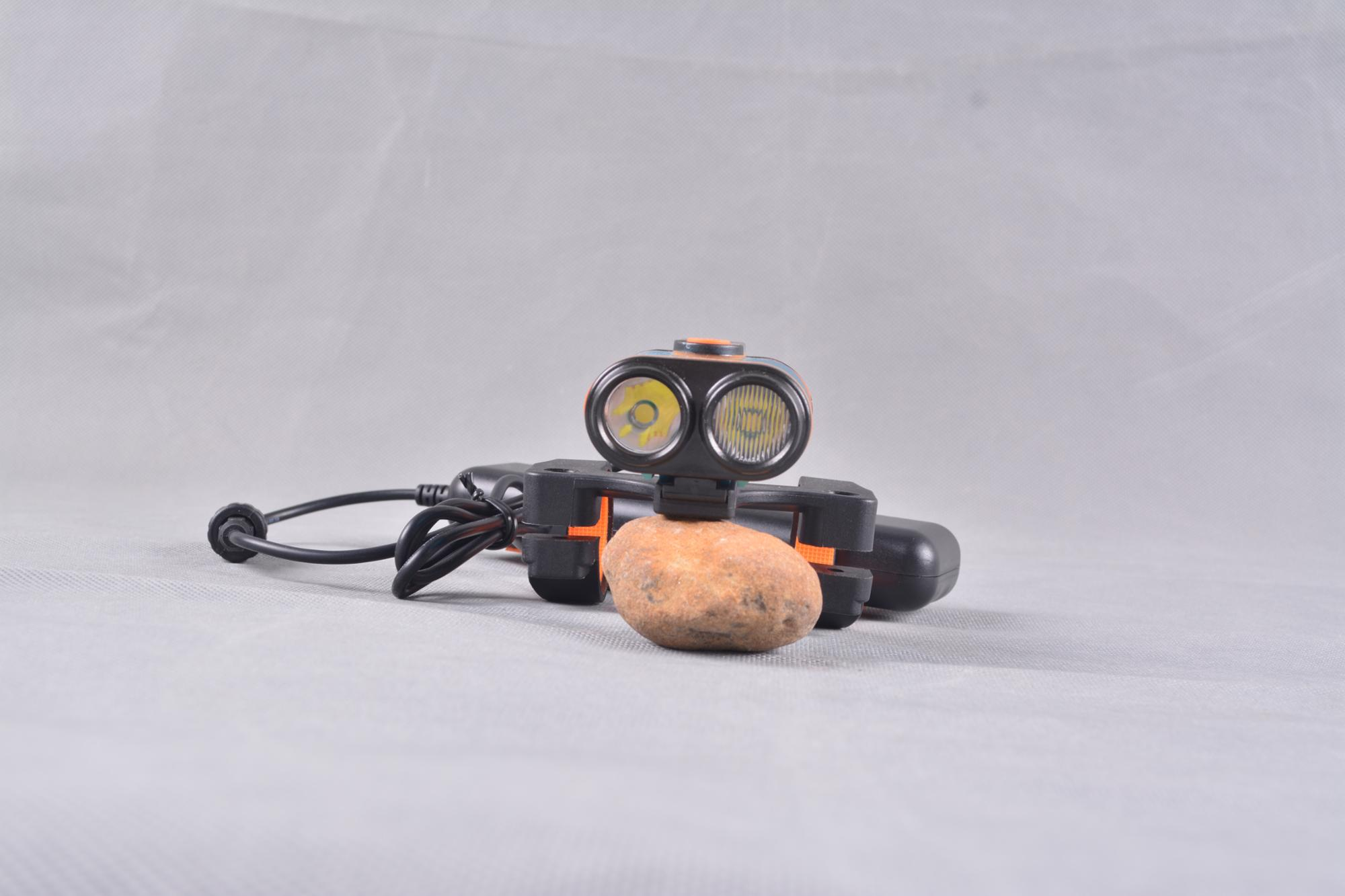 Wholesale CREE XML T6 LED Bicycle Light 1200 Lumens Mountain Front LED Bike Light