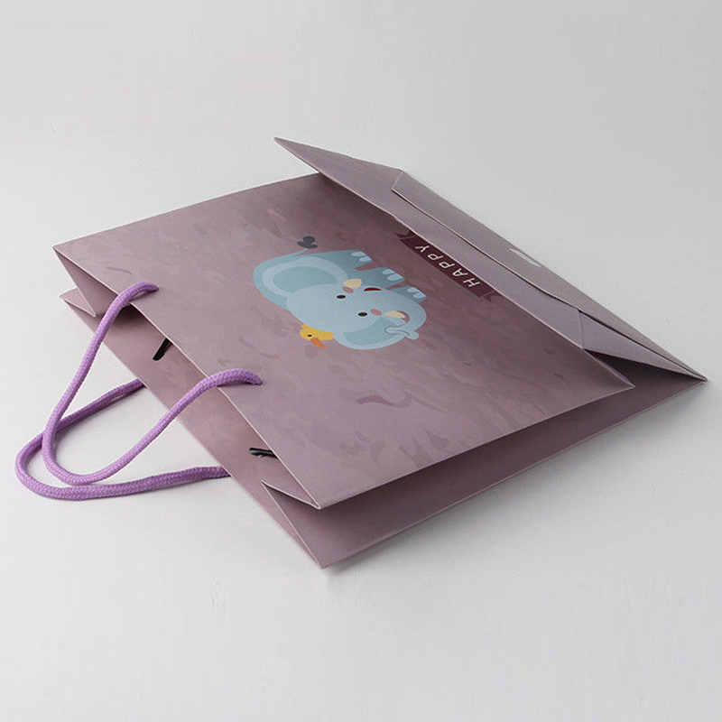 Customized Christmas Gift Packing Bags Recycled Art Paper For Shopping