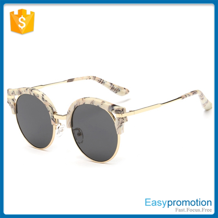 Polarized Lenses Optical Attribute and Alloy Frame Material sunglasses