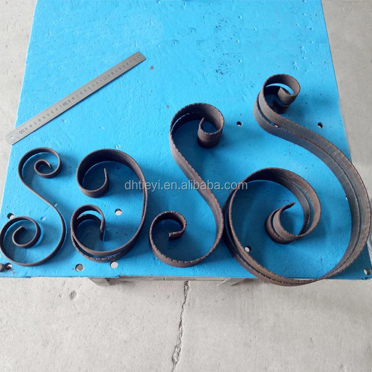 6 Wrought Iron scroll