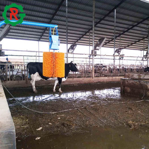 Poultry farming equipment swinging cow scratching brush for cow cattle
