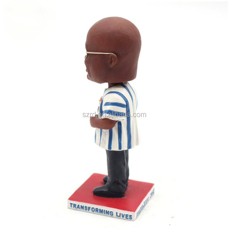 2019 Newest custom football soccer figures player resin figure