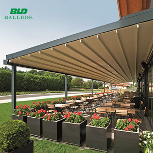 Retractable aluminum frame side awning with accessories
