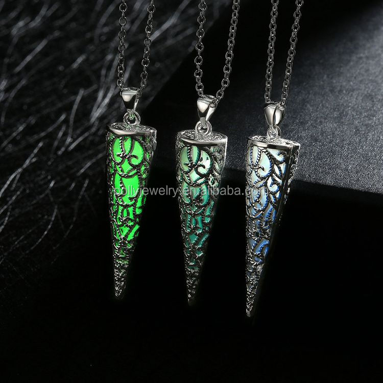 Antique Bronze Magic Round Locket Glowing Luminous Vintage Hollow Necklace Glow In The Dark Pendant Necklace