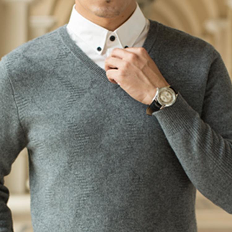 Hecho en China de los hombres v cuello suéter de cachemira