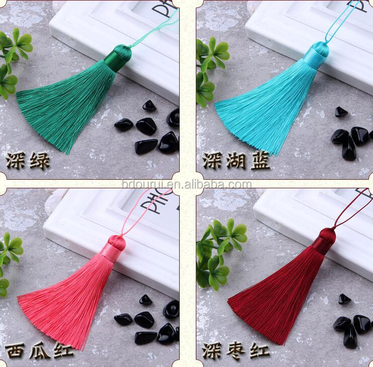 ourui wholesales high quality silk tassels 6cm with beads ,silk tassels for jewelry