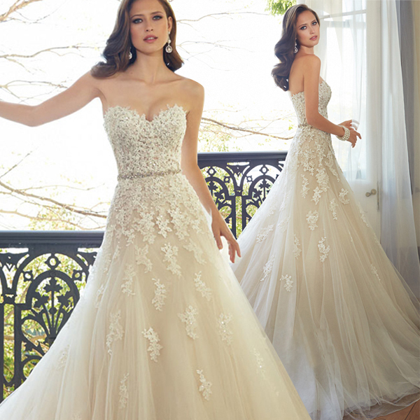 Champagne Lace Wedding Gown: 2016 Sweetheart Light Champagne Lace Applique Wedding