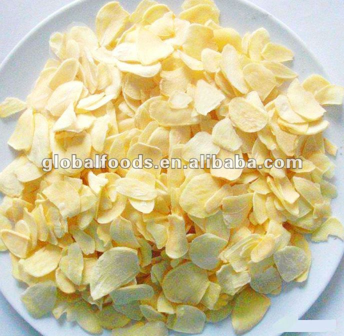 Dry Garlic Flakes Dried Garlic Dehydrated Garlic Pieces for sale