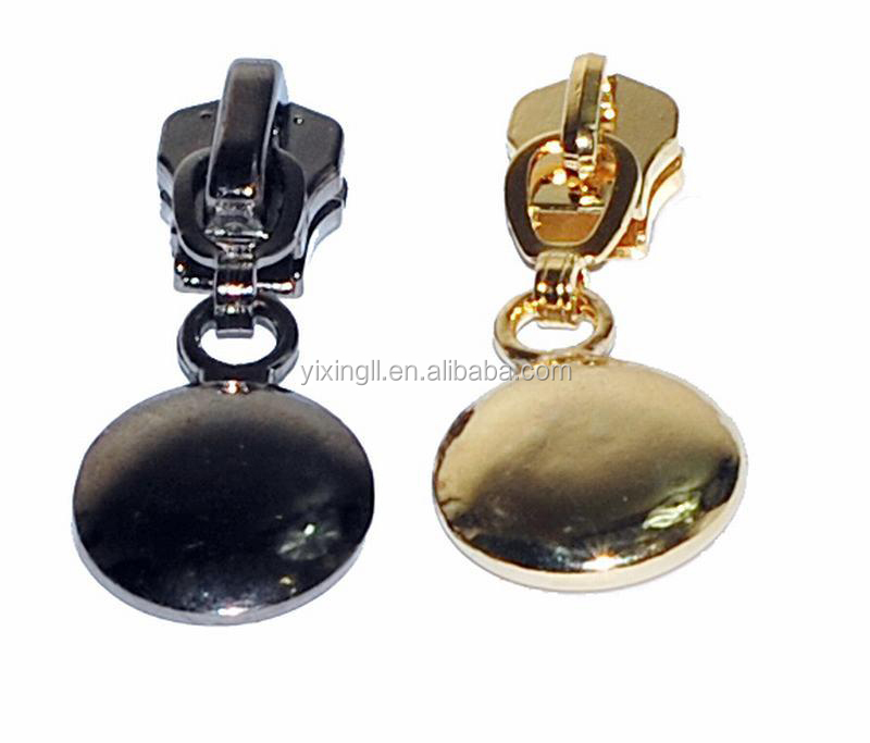 Fashion brass zipper metal head zipper puller zipper plastic mannequin head