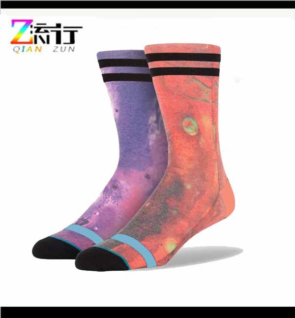 OEM Custom Made Logo Indoor Socks/classic fashion sport sock/personalized cotton socks high quality