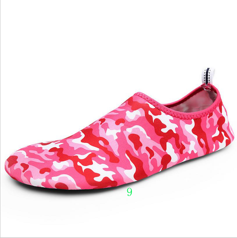 Fashion Customized soft sandal beach <strong>shoes</strong> Barefoot water skin <strong>shoes</strong> for women men