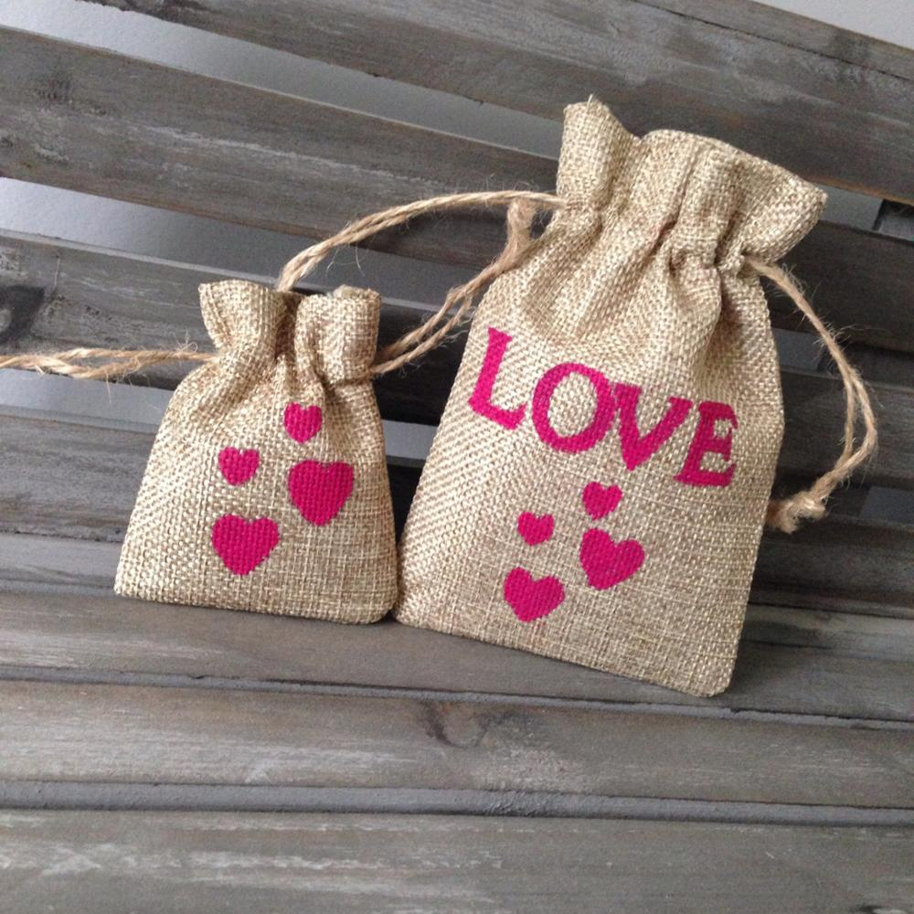 Personalised small burlap wedding favour drawstring gift bags