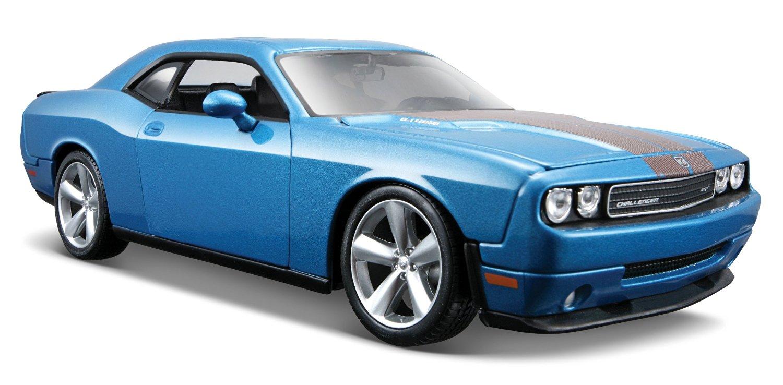 Maisto 1:24 Scale Metalic Blue 2008 Dodge Challenger SRT8 Diecast Vehicle