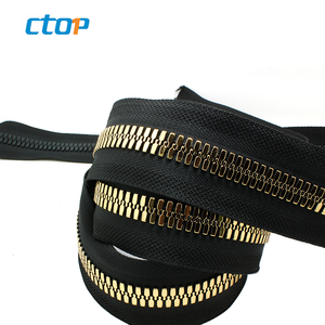 Guangdong resin zipper Close-End 10# Metallic color corn teeth resin zippers in factory